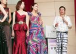 時尚設計師林國基蒞校演講指導美容造型設計系學生模特兒穿搭走台步的活動照片