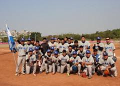 本校棒球隊在106年屢創佳績,準備在107年再大顯身手的活動照片